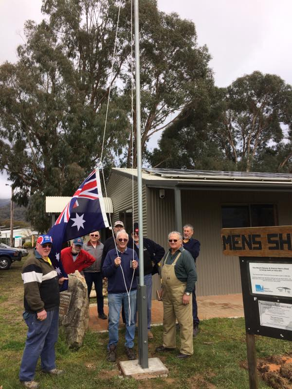 The flag pole was erected Wednesday 5/10/2016 and the Aussie Flag raised at the Shed for the first time. Thanks to Les Bevan, Warwick Mitchell, Jordan McNichol, the Green Army for digging the very 'big' hole and to Les Jordan who donated the pole.