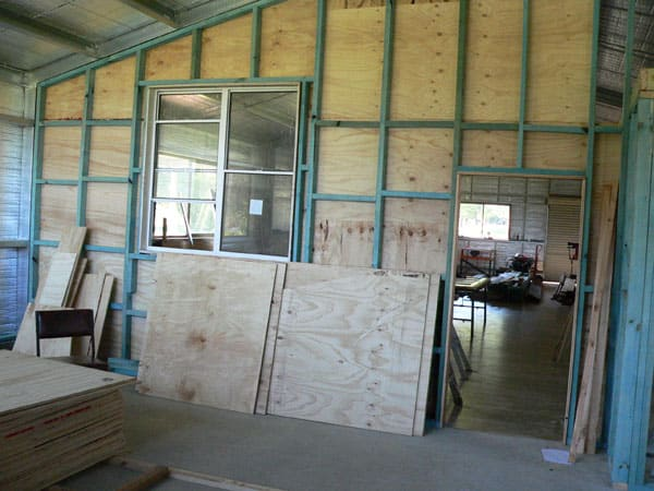 Dividing wall taking shape