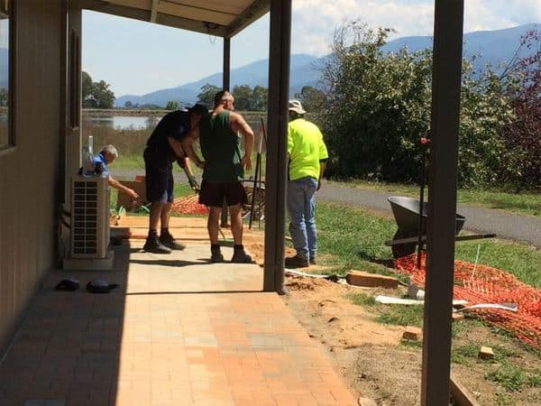 Beechworth Correctional Centre Community Team put in 4 days work on the paving